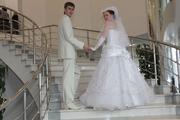 Роскошное свадебное платье + подарок шляпка с фатой
