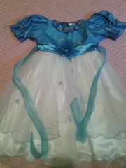 Продаю праздничные платья 4-6 лет